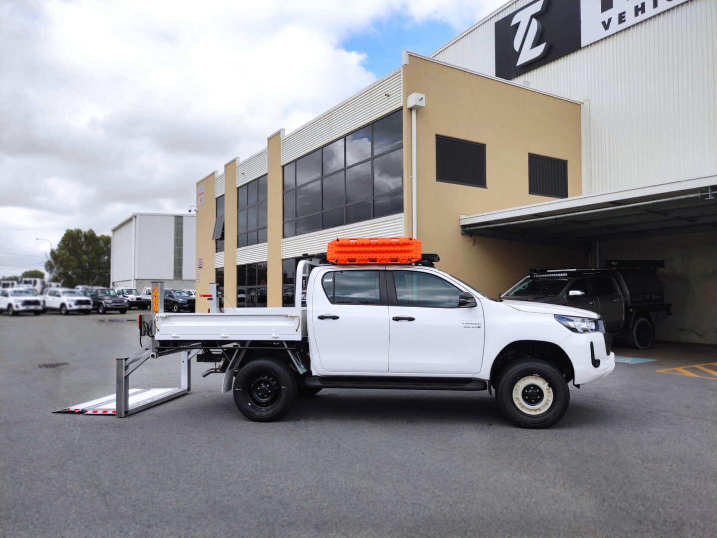 Quality Tail Lift fitted on Ute TL Engineering Perth