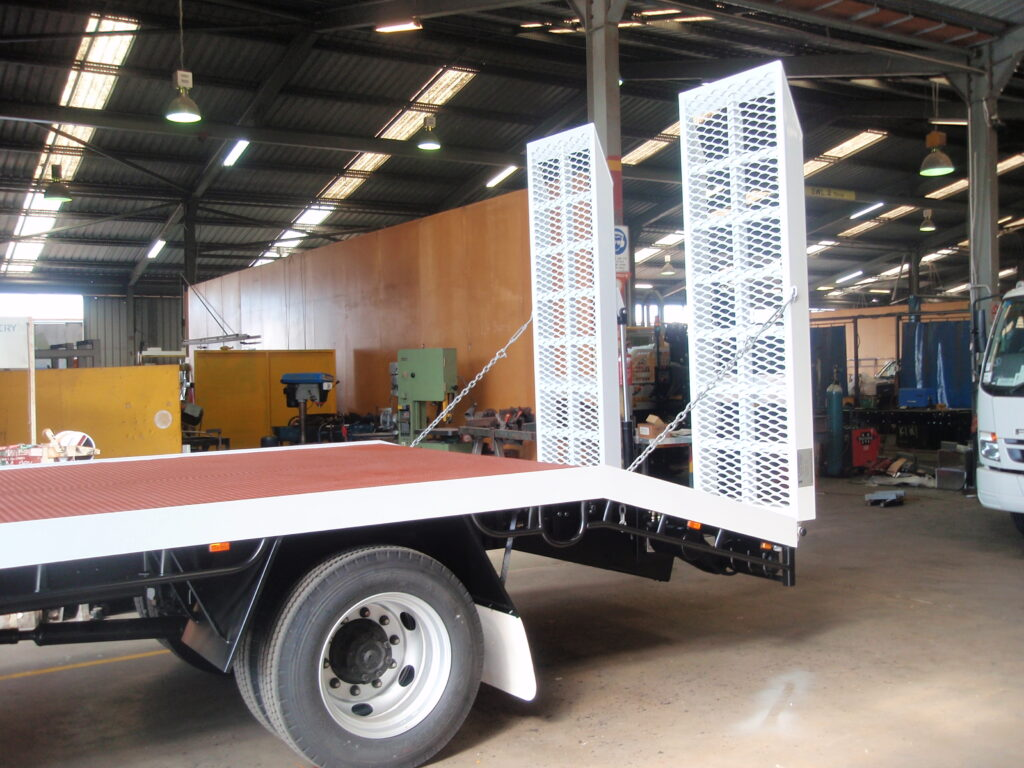 Truck beaver tail trays truck made and fitted in Perth by TL Engineering.