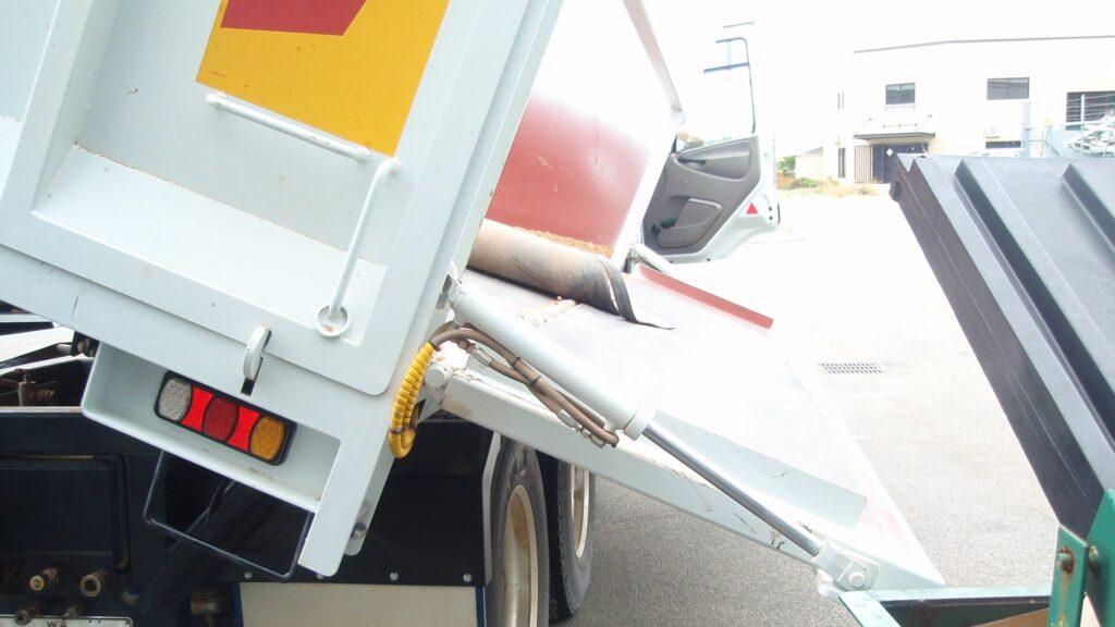 Tipper truck hydraulics service by TL Engineering Perth WA
