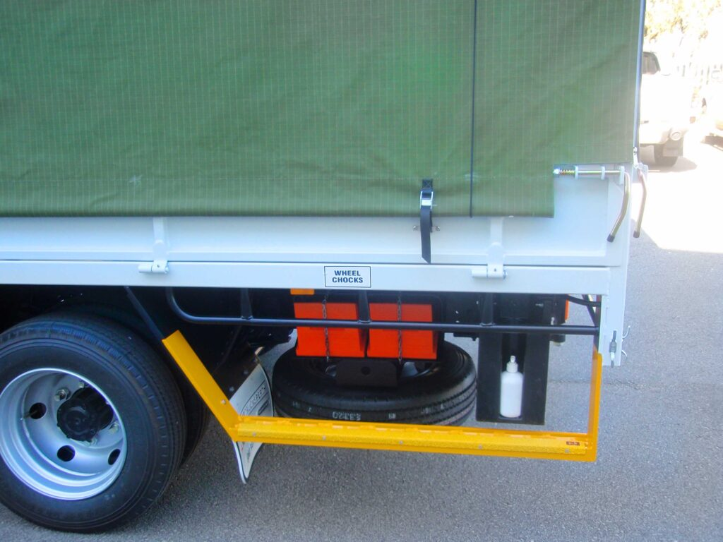 Buy custom made Heavy Duty, High Quality, Truck Canopies fitted to trucks in Perth Western Australia.
